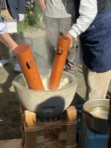 【子連れ名古屋周辺お出かけ】石臼と木槌での餅つき大会