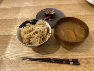 【男の簡単/こだわり料理 NO.4】豚肉の炊き込みご飯ときのこの味噌汁と鯛とタコのカルパッチョ